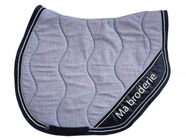 tapis-de-selle-gris-chiné-broderie-equifil