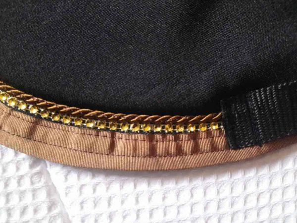 Tapis-de-selle-noir-Vénus-equifil-détails-2